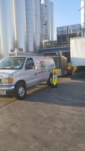 Clean up & Dry Out after Sewage Back up for San Antonio, TX Commercial Job Site (1)