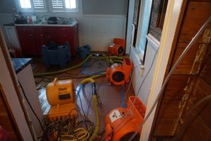 Wood floor Rescue Dry Out in Alamo Heights, TX (4)
